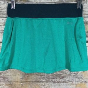 NWOT Nike Dri Fit Golf Skort Sz XS Teal Black